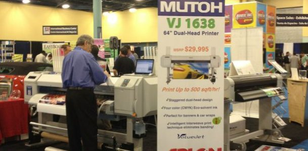 image of tradeshow social media